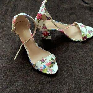 Madden Girl Floral Heels size 7.5